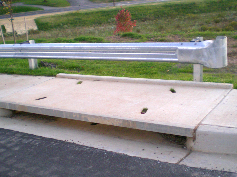 Traffic Barrier Single Buffer End Treatment